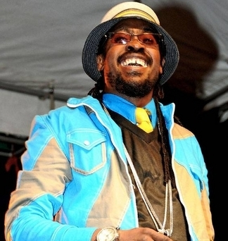 Pickney >> Gyptian Ft. Beenie Man - Soul Mate (So Beautiful) lyrics & Audio