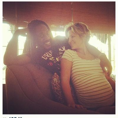 Tami Chynn & Wayne Marshall shows off their Baby Bump