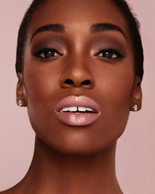 Nefatari is featured in Covergirl's digital campaign