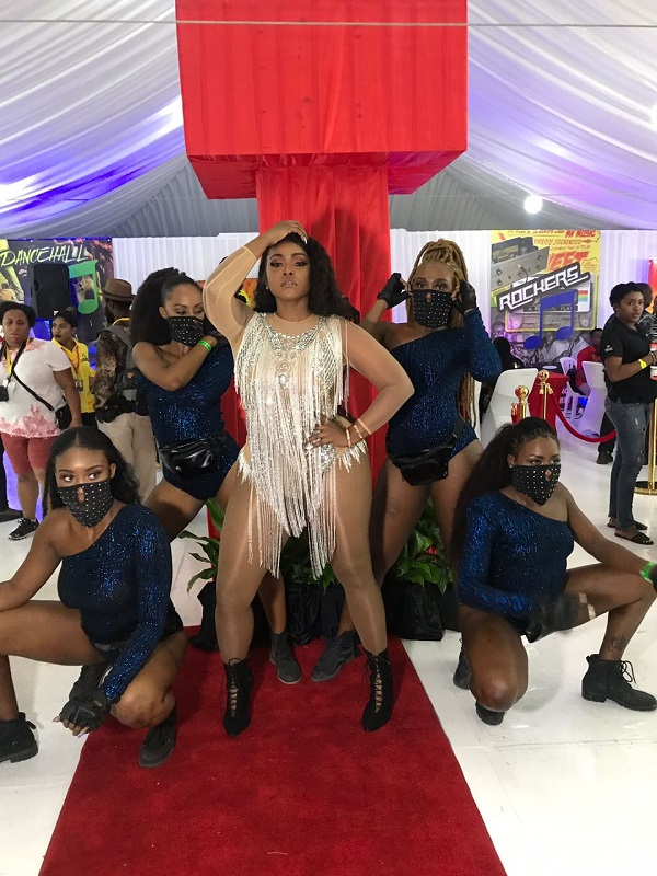 Curvy Diva gives emotional Sumfest performance
